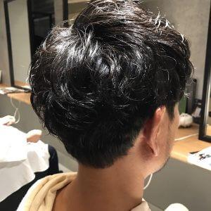 自分じゃなくて美容師に髪型を決めてもらったら。